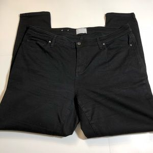 Caslon Black Skinny Jeans 18w.    S21
